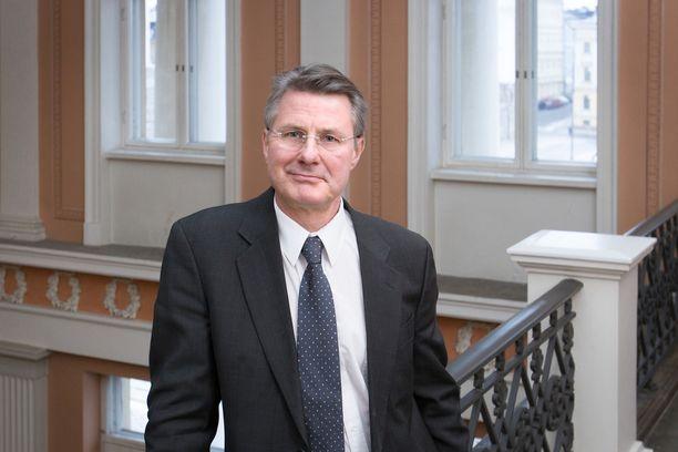 Kalle Saksela on virologian professori Helsingin yliopistossa.