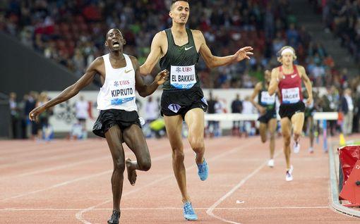 """Olympiavoittaja juoksi Timanttiliiga-voittoon ilman toista kenkää - karu kuva runnellusta jalasta: """"Minuun sattuu"""""""