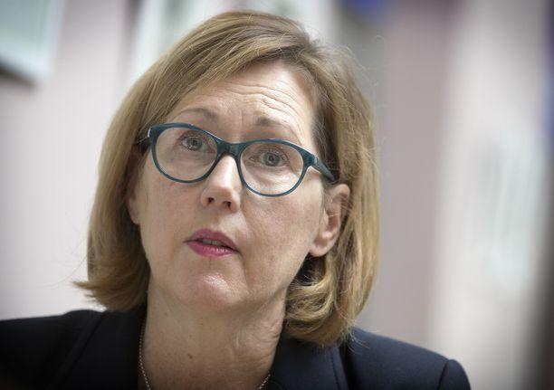 Ministeri Tuula Haatainen järjestää tiedotustilaisuuden perjantaina 10.4. kello 17.00.