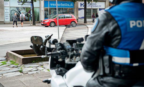 Poliisi sai ilmoituksen ampumisesta Herttoniemenrannassa, mutta väite osoittautui perättömäksi.