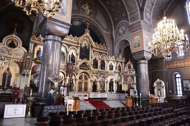 Venäjän ja Ukrainan välinen kriisi johti myös kirkkokuntien hajaannukseen. Tilanne vaikuttaa monilla tavoilla myös Suomessa. Kuva Uspenskin katedraalista Helsingistä.