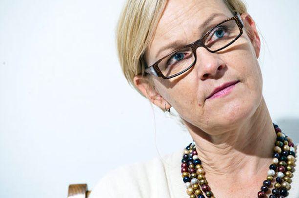 Vähemmistövaltuutettu Eva Biaudet'n mielestä etniseen profilointiin tulee puuttua.