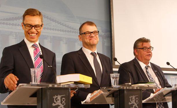 Alexander Stubb (kok) johtaa nyt valtiovarainministeriötä, joka on aiemminkin ajanut hallintarekisterien käyttöä.