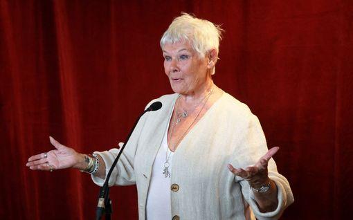 Oscar-palkittu Judi Dench sai tietää ehdokkuudestaan huonoimmaksi näyttelijäksi – ihailtava reaktio!