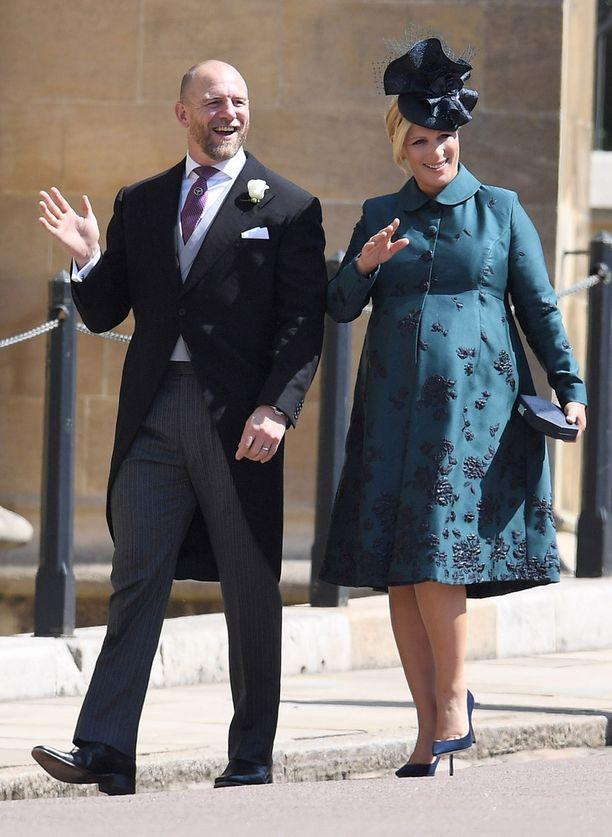 Zara ja Mike olivat toukokuussa mukana kuninkaallisten häiden juhlahumussa.