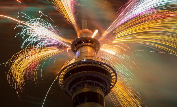 Uuden-Seelannin Aucklandissa juhlitaan alkanutta vuotta 2015.