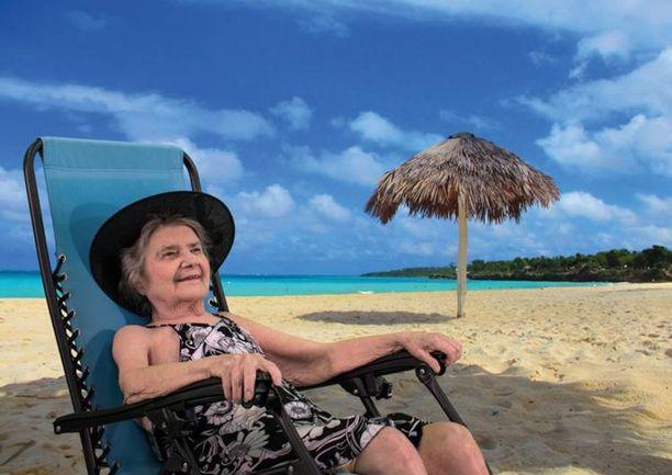 Anna nautti aurinkoisesta päivästä Espanjassa.