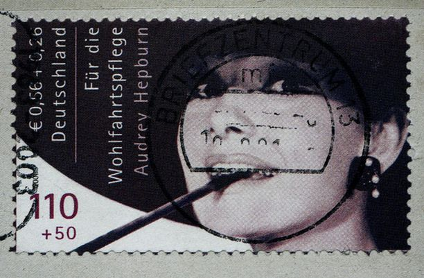 Tämä postimerkki vaihtoi omistajaa 53 000 eurosta.