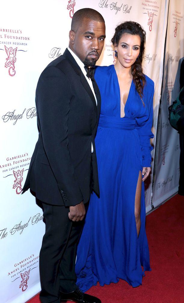 Kim Kardashianin ryöstön sanotaan olleen yhtenä syynä Kanyen romahdukselle.