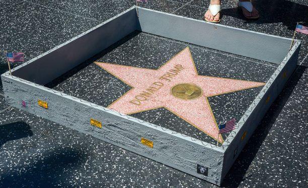Republikaanien presidenttiehdokkaalla on oma tähti Hollywood Walk of Fame -kadulla.