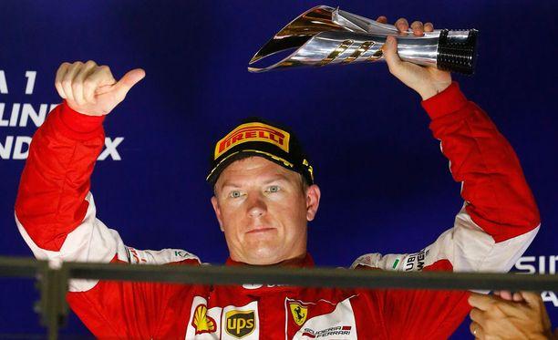 Sky Sportsin mukaan Kimin viikonloppu oli kolmossijasta huolimatta keskinkertainen.