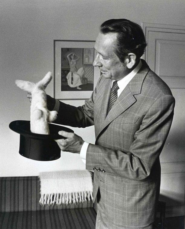 Solmu Mäkelä veti kanin hatusta vuonna 1982.