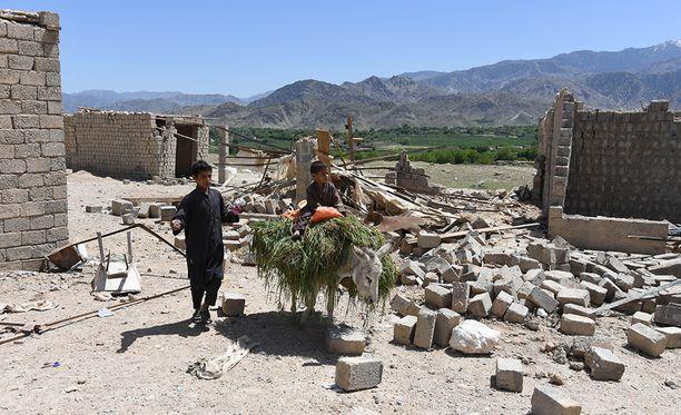 Muutama talo meni matalaksi MOAB-iskussa ja Isis lähti tältä alueelta. Elämä jatkuu suhteellisen normaalina.
