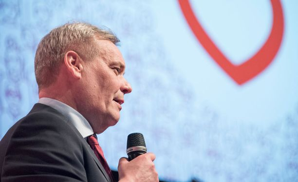 Antti Rinne valittiin jatkokaudelle.