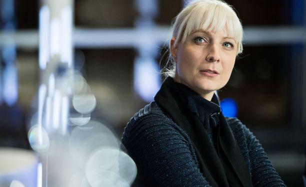 Laura Huhtasaari sanoo STT:lle, että on saattanut peilata toista gradua omaan työhönsä.