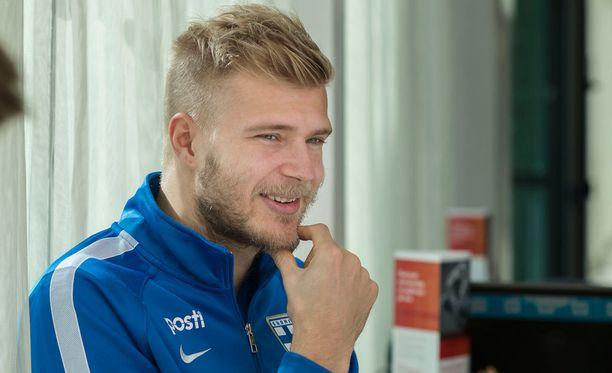 Paulus Arajuuri palasi maajoukkueeseen lähes kahden vuoden tauon jälkeen.