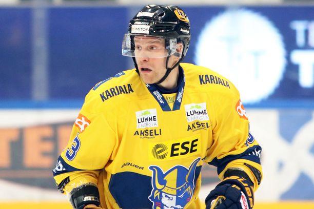 Antti Jaatinen päätti Ässien pyristelyn 3-1-maalillaan.