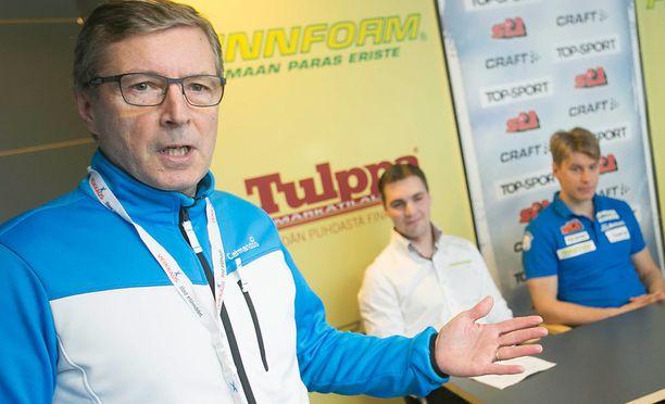 Markku Haapasalmi (kuvassa) seuraa Hiihtoliiton puheenjohtajana Jukka-Pekka Vuorta.