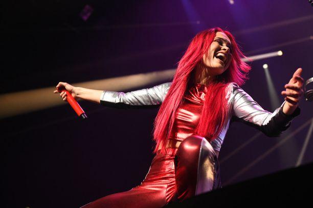 Sanni esiintyi perjantaina Helsingissä.