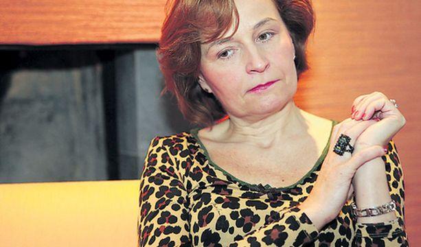 Anneli Jäätteenmäki kertoo, että hän kuuli salajuonesta asioista perillä olevilta demareilta.