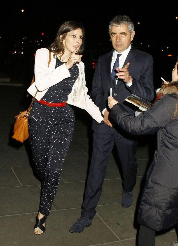 Louise Ford ja Rowan Atkinson eivät näyttäydy kovin usein yhdessä.