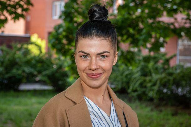 Pernilla Böckerman tähtää syksyn fitness-kisoihin.