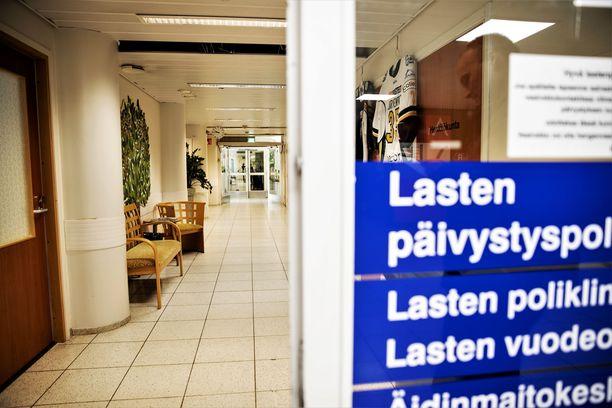 Lapselle tehtiin videohaastattelu kolme päivää epäillyn rikoksen jälkeen Tampereen yliopistollisessa sairaalassa.