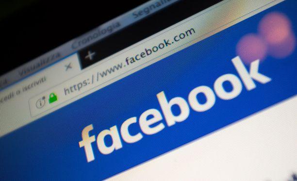 Facebook kertoo selkiyttävänsä yksityisyysasetuksiaan.