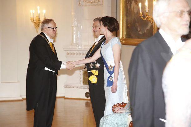 Jenni Haukion puku nähtiin jo vuoden 2014 Linnan juhlissa.