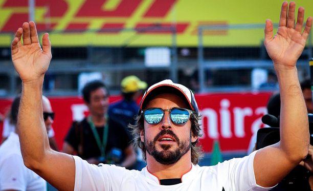 Fernando Alonso on erikoistunut ensimmäisen kierroksen ohituksiin.