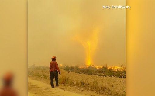 Hurja sääilmiö lopetti pelastustoimet kesken kaiken - Tulitornado imaisi palomiehen letkun