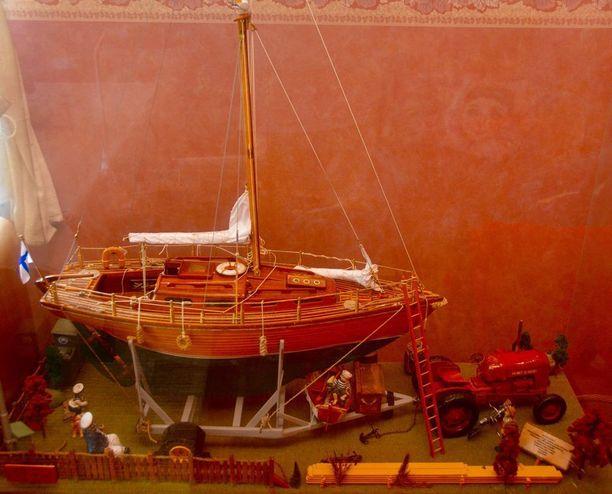 Tämä satakiloinen dioraama on Timo Uskalin massiivisin työ.
