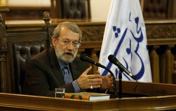 Parlamentin puhemiehen Ali Larijanin mielestä Yhdysvaltojen presidentti on kykenemätön hoitamaan virkaansa. Arkistokuva.