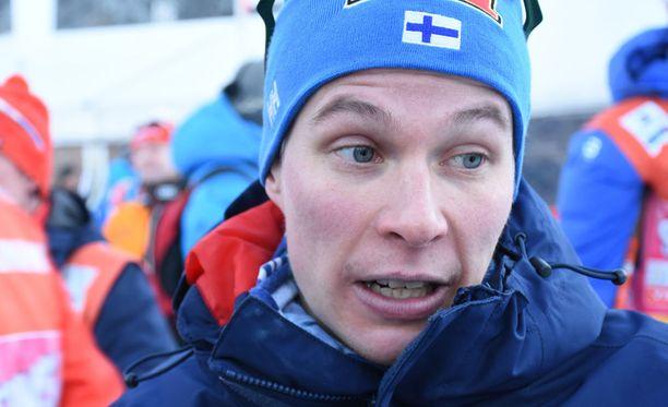 Matti Heikkisen pokka piti median haastattelussa.