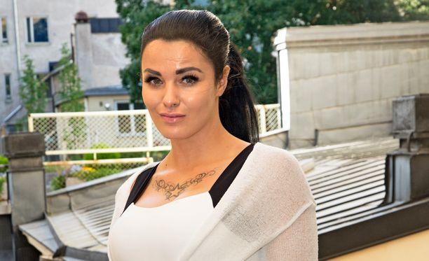 Nadia Ammouri on pienen pojan äiti.