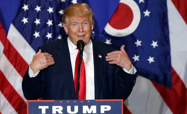 Republikaanien presidenttiehdokkaan Donald Trumpin antoi ymmärtää, että häntä ahdistelusta syyttänyt toimittaja Natasha Stoynoff ei ollut riittävän viehättävä.