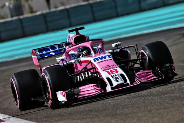 Lance Stroll otti Racing Point -maistiaiset Abu Dhabin rengastesteissä.