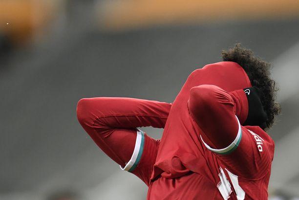 Mohamed Salah pelasi aikanaan myös Chelsean paidassa. Kuva keskiviikon Liverpool–Newcastle-ottelusta.