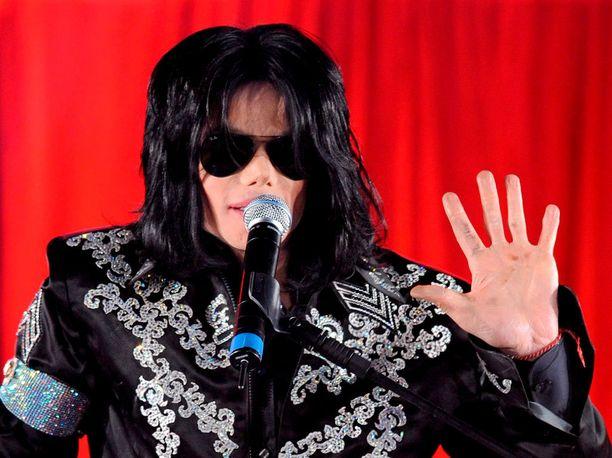Michael Jackson kuoli kuusi vuotta sitten.