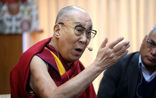 Karismaattinen dalai-lama on äänittänyt levyllisen opetuksiaan.