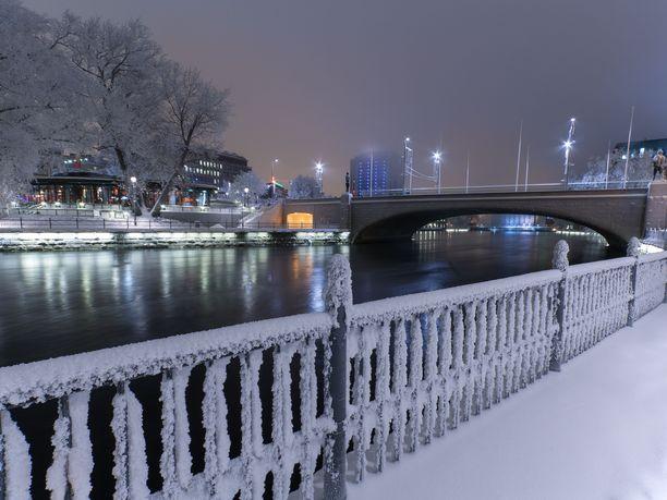 Tältä Tampere näytti lumivaipassa tammikuussa 2010. Saadaanko kaupunkiin toukokuuksi 2020 lunta?