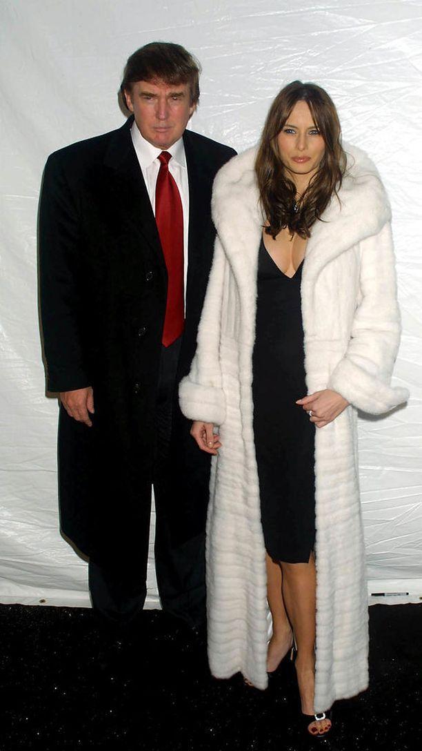 Melania Narniasta? Yhdysvaltain presidentin puoliso on aina rakastanut turkiksia, mikä on herättänyt tunteita eläinsuojeluaktivisteissa vuosien varrella. Viime vuonna Melania ilmoitti, että ei aio enää käyttää turkiksia. Kuva vuodelta 2002.