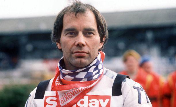 Ivan Mauger voitti speedwayn maailmanmestaruuden kuusi kertaa 1960-70-luvuilla. Arkistokuva vuodelta 1980.