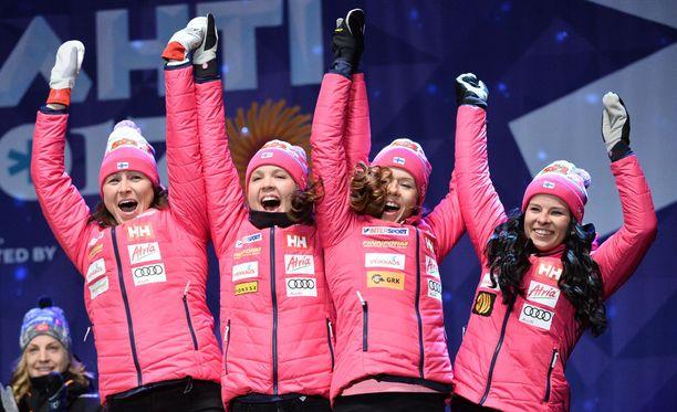 Torstaina viestipronssia juhlinut suomalaisnelikko starttaa tänään 30 kilometrin yhteislähtökisaan.