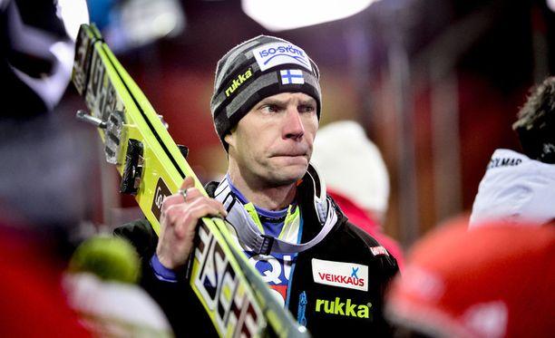 Janne Ahonen palaa mäkihypyn maailmancupiin tammikuun loppupuolella Puolan Zakopanessa.