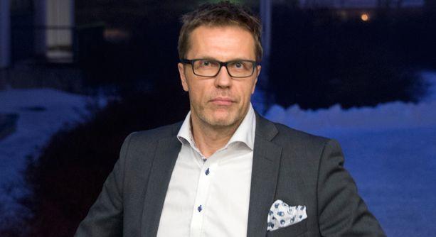 Jari Sarasvuon edellinen poikkeuksellinen esiintymispaikka oli Kallion kirkko Helsingissä.
