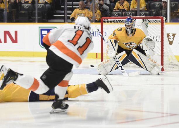 Juuse Saros nollasi Philadelphia Flyersin.