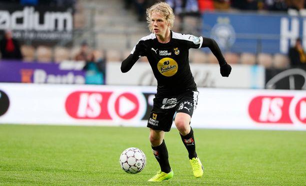 21-vuotias Urho Nissilä teki PS Kemiä vastaan kaksi maalia.