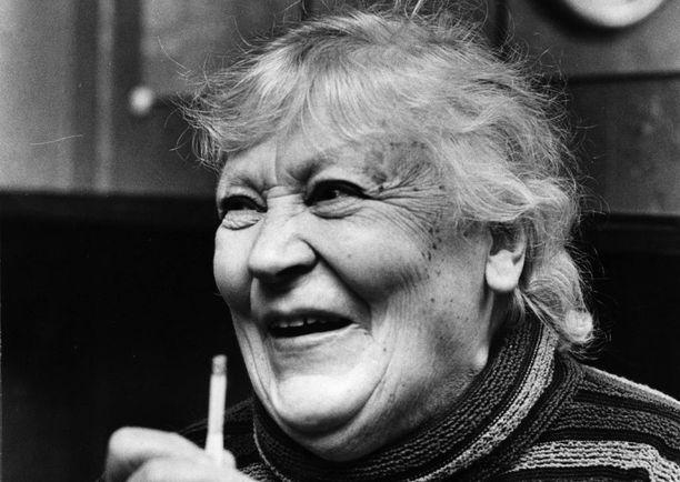 Emmi Jurkka on kuulun teatterisuvun kantaäiti.