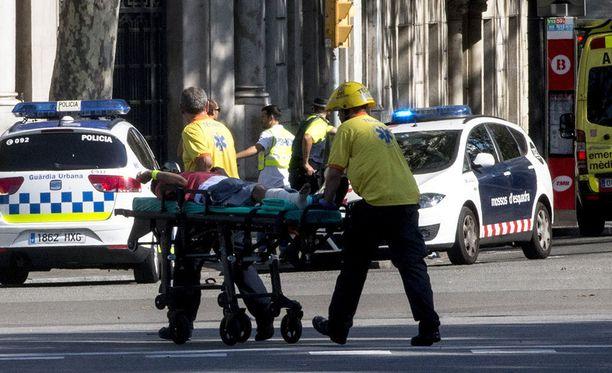 Espanjalaisviraston mukaan Barcelonan iskun uhrien joukossa oli ainakin 18 maan kansalaisia.
